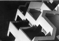 Architektura zmocňující se prostoru: Alfred Neumann – život a dílo