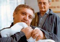 """""""Vy jste se zase kochal, že jo, pane doktore?"""" Ve věku 73 let zemřel herec Marián Labuda"""