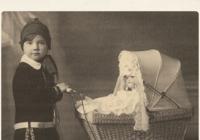 Kočárky pro děti i panenky - výstava - Zámek a park v Lešné