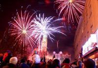 Silvestrovský ohňostroj na náměstí v Prostějově