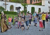 Noční prohlídky na zámku Benešov nad Ploučnicí