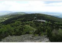 Z Horního Hanychova na Pláně pod Ještědem, do vznikajícího pralesa, za výhledy i přírodními památkami