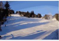 Zimní Desná - na lyže do Černé říčky, ke skokanským můstkům, vodopádům i za historií sklářské rodiny Riedlů