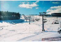 Obří sud v zimě - za lyžováním, bobovou dráhou i nejoriginálnější stavbou široko daleko
