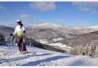 Kouty nad Desnou v zimě - za pořádnou lyžovačkou i pohádkovými bytostmi
