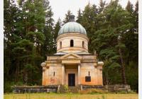 Sobotínem do Maršíkova za rodinou Kleinů, místním pivem i vzácnými kostely