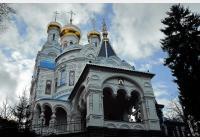 Karlovy Vary - za kostely lázeňského centra a blízkého okolí
