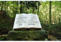 Karlovy Vary - Na Dianu, k Lesní pobožnosti, památníku Kniha a zpět k Vřídlu