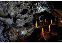 Do podzemí za krápníkovou krásou Moravského krasu