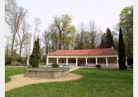 Klatovy – do parků a sadů za kolonádou i historickým opevněním