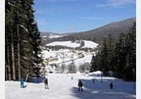 Kubova Huť a Horní Vltavice v zimě – na lyže, za výhledy i památkami