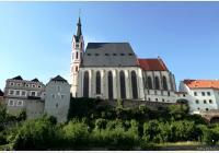 Český Krumlov – za církevní architekturou