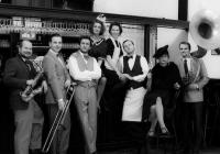 Pingls aneb Hot Café Revue
