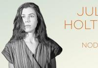 Wows | Julia Holter
