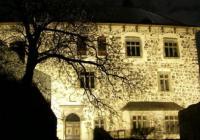 Hradozámecká noc na Kunětické hoře s lampionovým průvodem