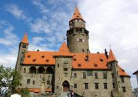 Strašidelné prohlídky na hradě Bouzov