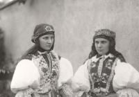 Krojové Eldorado / národopisné fotografie Josefa Klvani