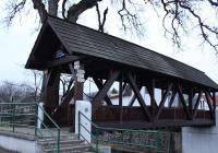 Krytá dřevěná lávka, Vikýřovice