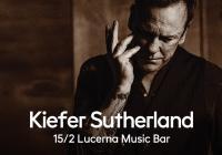 Kiefer Sutherland v Praze