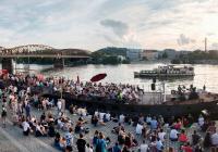 Stand-up Show s UGC na náplavce