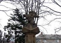 Kašna se sochou Caesara, Loučná nad Desnou