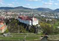 Automobilová výstava na zámku Děčín