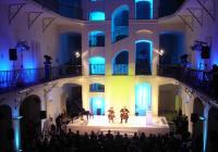 Festival Brikcius 2019 - Zahajovací violoncellový koncert Duo Brikcius - Offenbach & Klein100