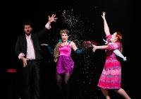 Ensemble Opera Diversa: Grobiáni (tři miniopery) v divadle zámku Valtice