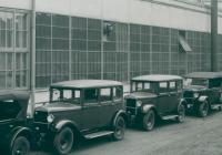 Zlatá dvacátá / Na cestě k moderní automobilce