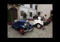 Sraz autoveteránů na zámku Třeboň