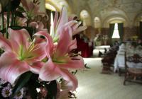 Květinové instalace na zámku Kratochvíle