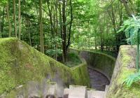 Vodní tunely nad zámkem Jezeří