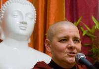 Abeceda šťastného života I. a II. s buddhistickou mniškou