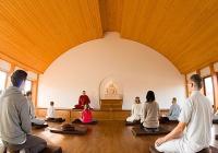 Novoroční meditační ústraní pod vedením buddhistické mnišky