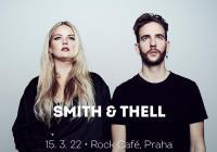 Smith & Thell v Praze