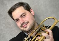 Světová premiéra se světovým trumpetistou