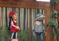 Vyprávění starého vlka - divadélko pro děti