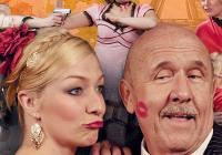 Letní scéna Harfa: V Paříži bych tě nečekala, tatínku!