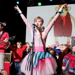 Pískomil se vrací – předvánoční koncert pro děti