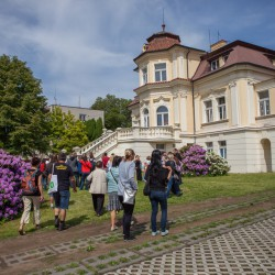 Sousedská procházka: Bezovka - tajemství vil