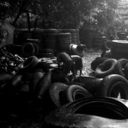 Mandala z odpadků + Pneumatiky