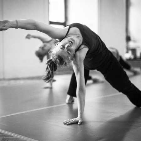 Taneční workshop: Improvizace + kontaktní improvizace
