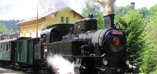 """Nakoukněte do """"století páry"""" v železničním muzeu Výtopna Jaroměř"""