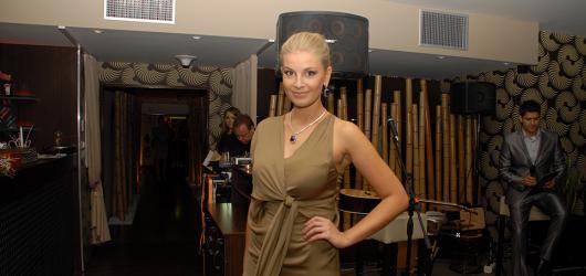 Nová značka dámské konfekce Ekaterina Savina se představila na Diamond fashion night