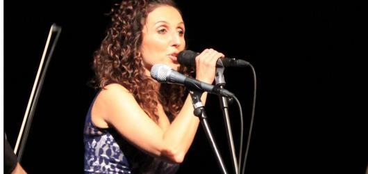 Koncert Radky Fišarové proběhl v barvách padajícího listí