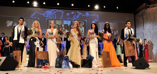 Světová soutěž neslyšících Miss Deaf World již potřinácté v Praze
