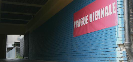 Prague Biennale na Nákladovém nádraží Žižkov