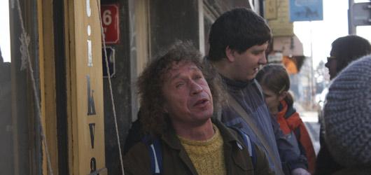Praha očima bezdomovců, ušima nevidomých, aneb spojení projektů Pragulic a Neviditelná výstava