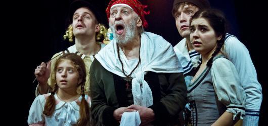 Kultovní inscenace Babička: Šťastná to žena! opět v Brně