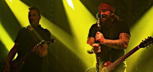 Kapela Škwor zahájila podzimní turné a vydává živák. Pokřtí ho v Lucerně